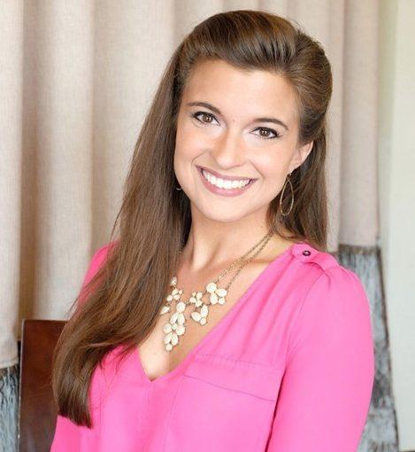 Sarah Kach, Senior Sales Manager